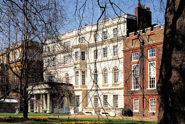 http://www.irhal.com/image/irhal/london/clarence%20house.jpg