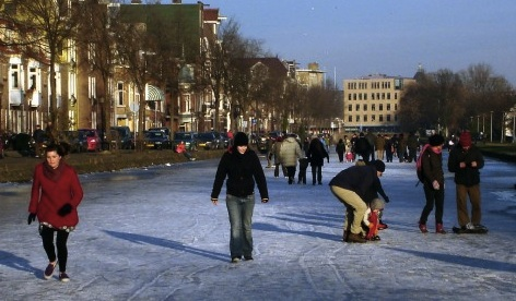 Canal_Winter_Amsterdam