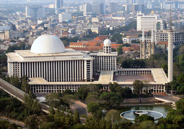 Istiqlal-Mosque-Jakarta-Indonesia